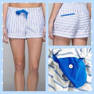 Lululemon Spring Break Away Shorts - size 4